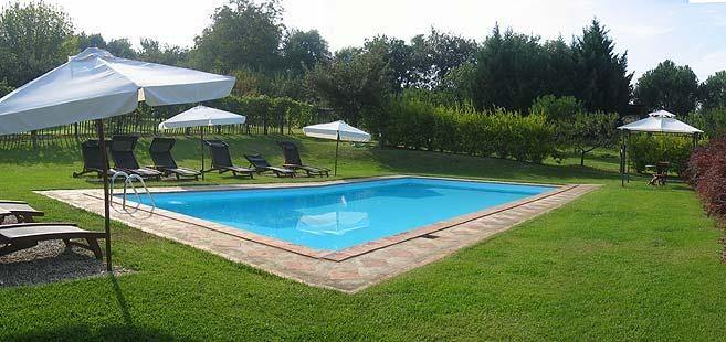 Poggio salvi agriturismo a siena con piscina centro - Agriturismo con piscina siena ...